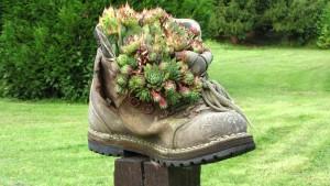 Perfekt Aus Alltagsgegenständen Gartendeko Selber Machen. Schuh Deko